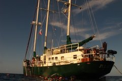 Create Listing: Full Charter Bahamas Scuba Diving Liveaboard (4 nights)
